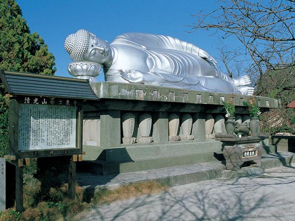 江東寺・釈尊涅槃像